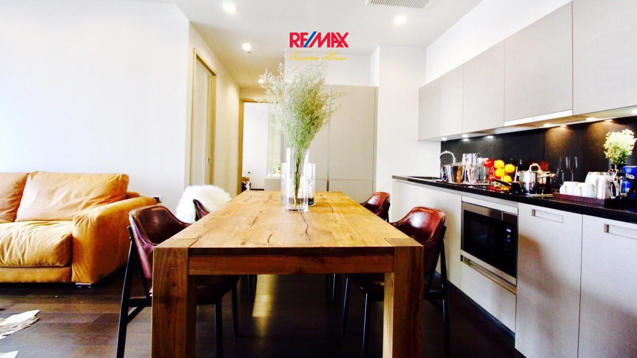 RE/MAX Executive Homes Agency's Beautiful 2 Bedroom for Sale XXXIX by Sansiri 4