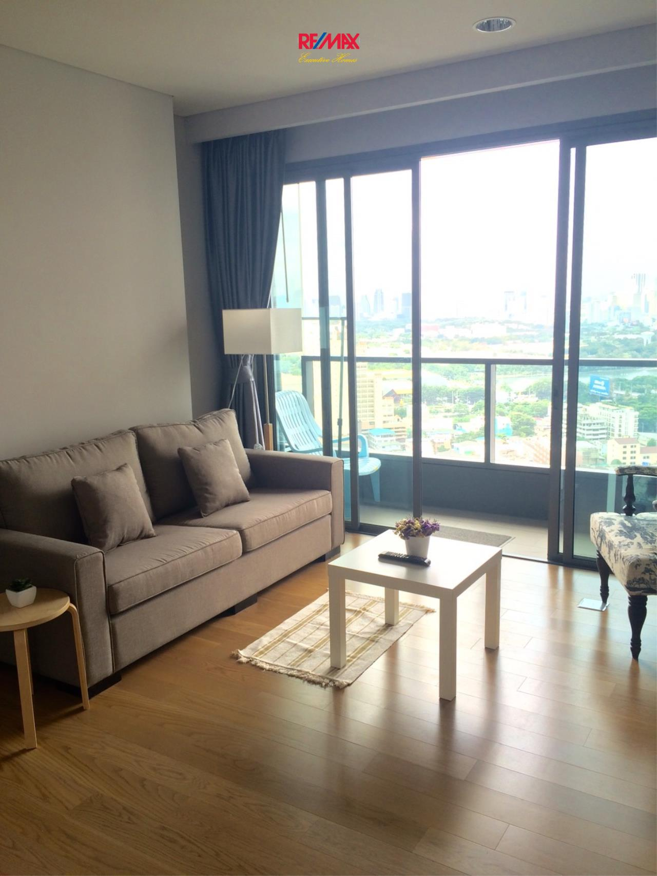 RE/MAX Executive Homes Agency's Lovely 2 Bedroom for Sale Lumpini 24 4