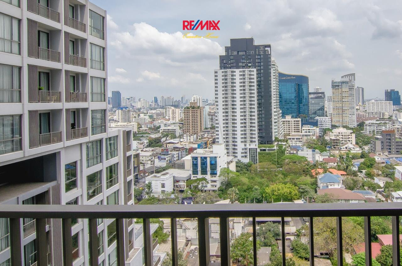 RE/MAX Executive Homes Agency's Beautiful 2 Bedroom for Rent Quattro Thonglor 6