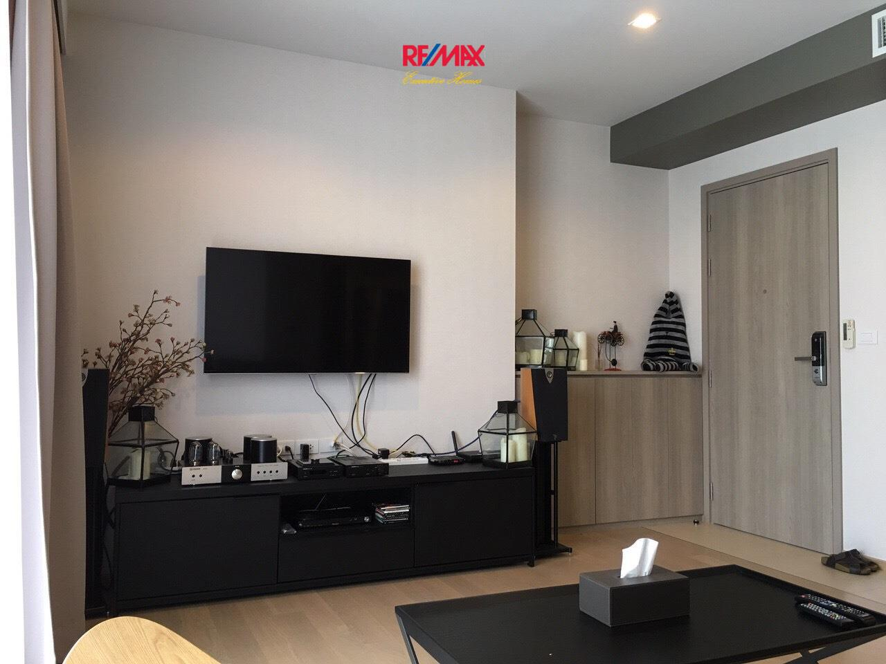 RE/MAX Executive Homes Agency's Beautiful 2 Bedroom for Rent HQ Thonglor 3