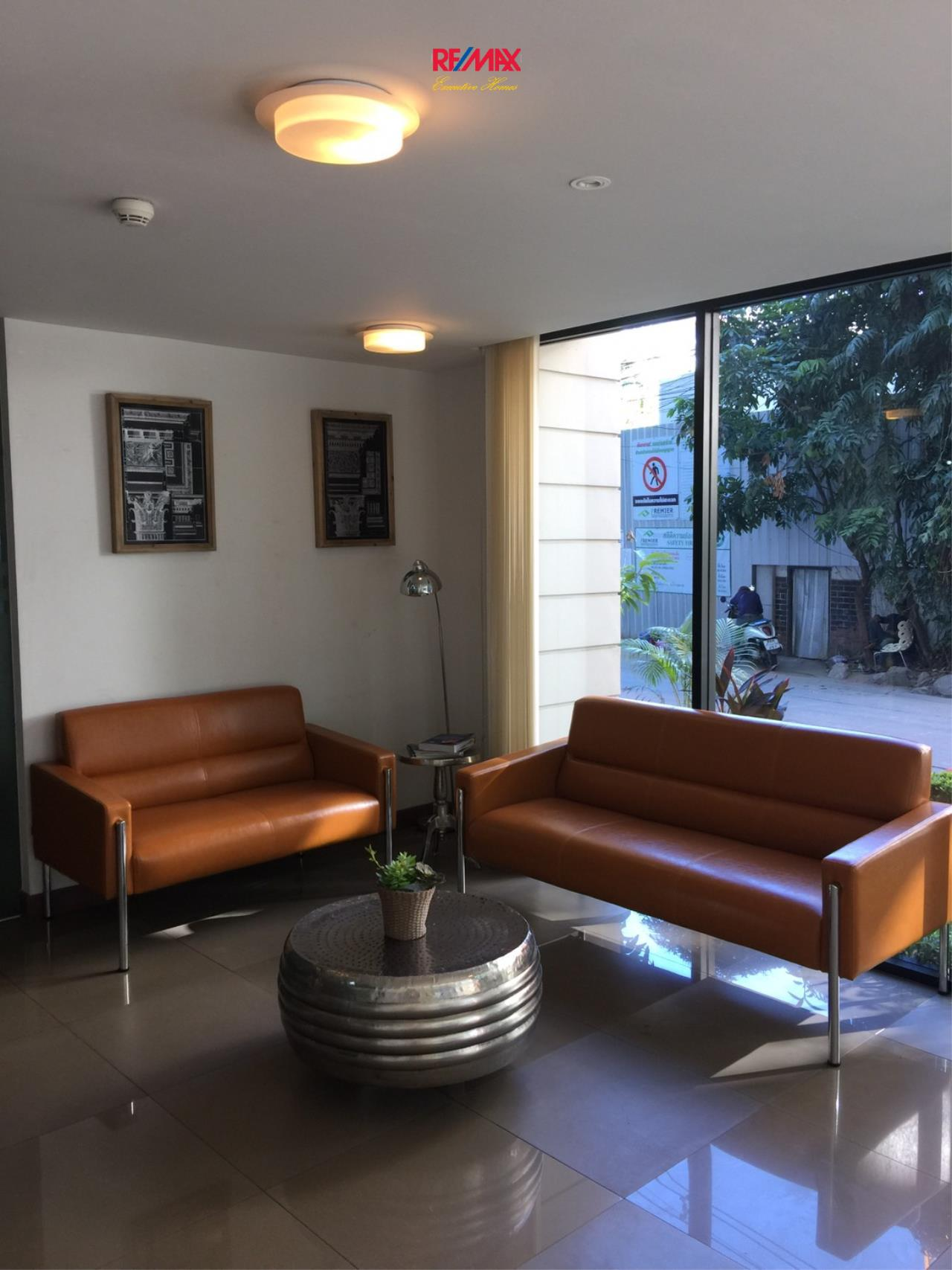 RE/MAX Executive Homes Agency's Spacious 1 Bedroom for Rent and Sale Le Cote Thonglor 5