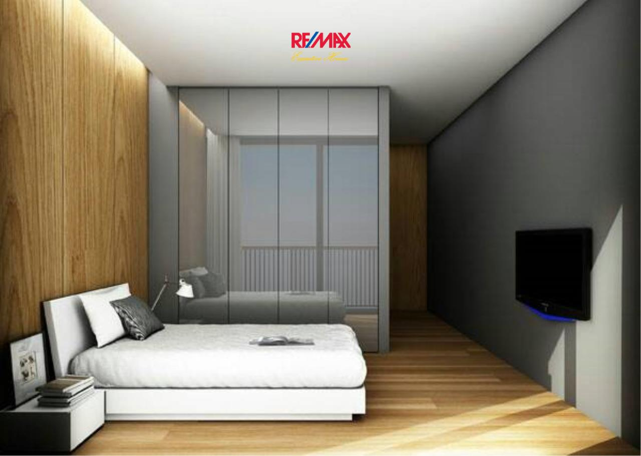 RE/MAX Executive Homes Agency's Nice 2 Bedroom for Sale Noble Revo Silom 3