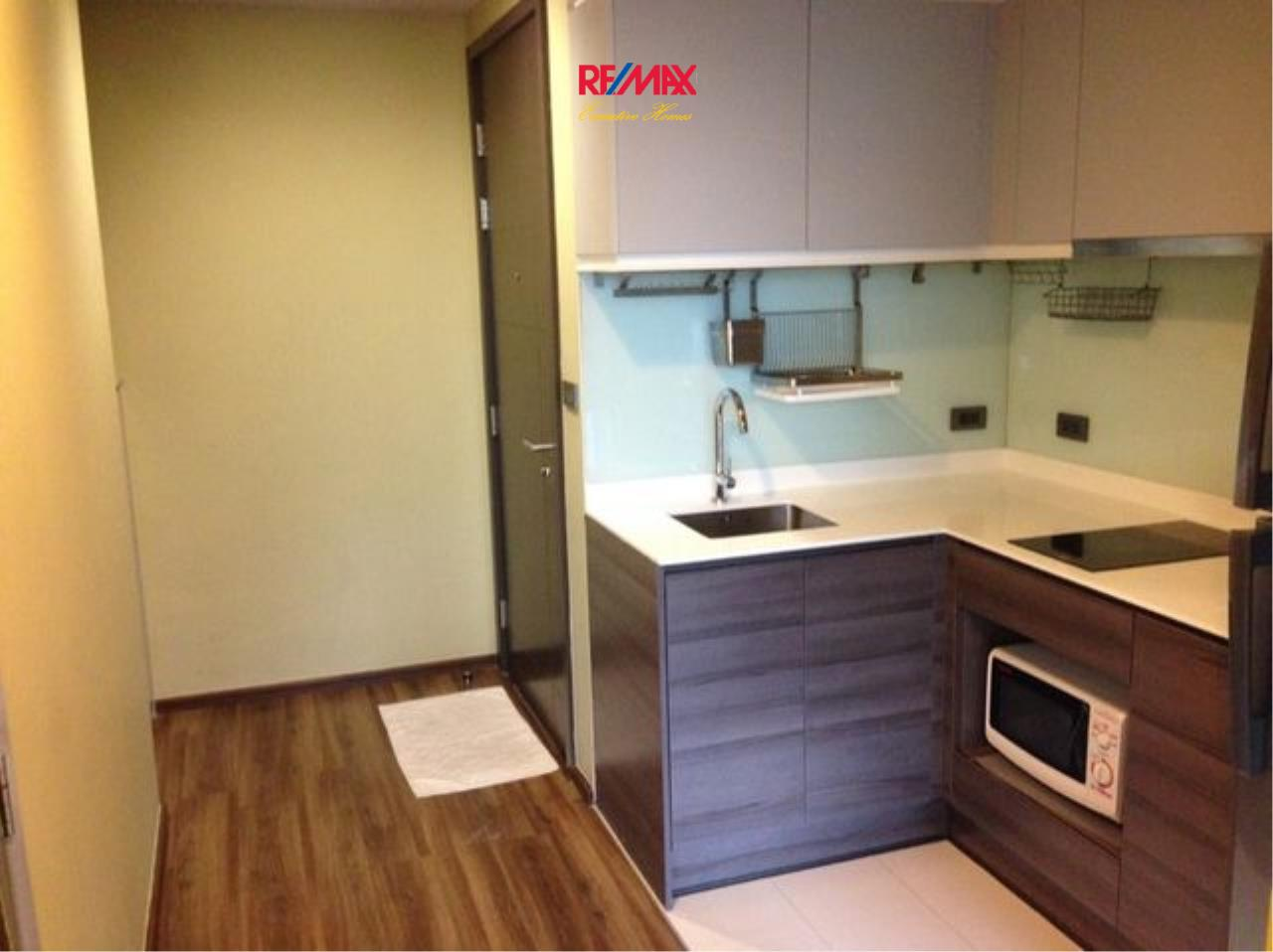 RE/MAX Executive Homes Agency's Lovely 1 Bedroom for Rent Ceil by Sansiri 7