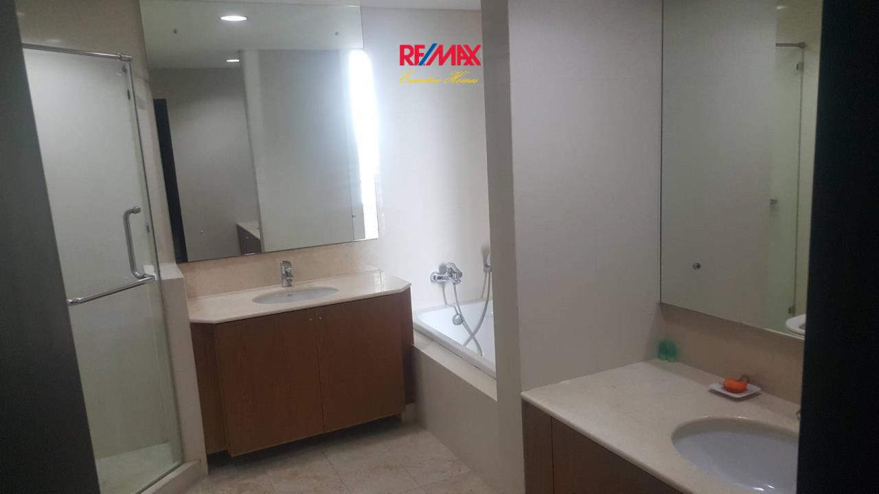 RE/MAX Executive Homes Agency's Nice 3 Bedroom for Rent Wilshire Condominium 12