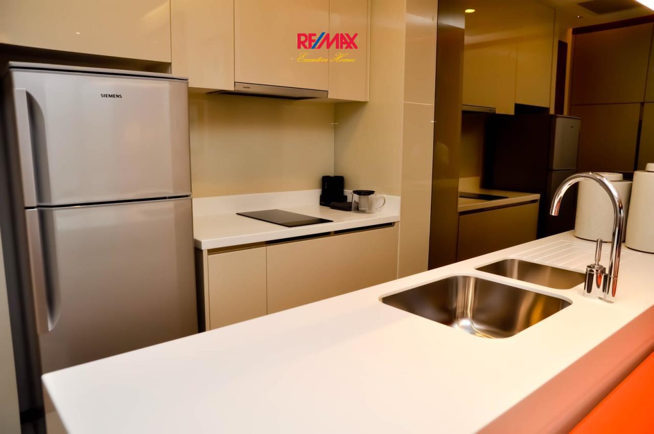 RE/MAX Executive Homes Agency's Lovely 1 Bedroom for Rent Address 28 12