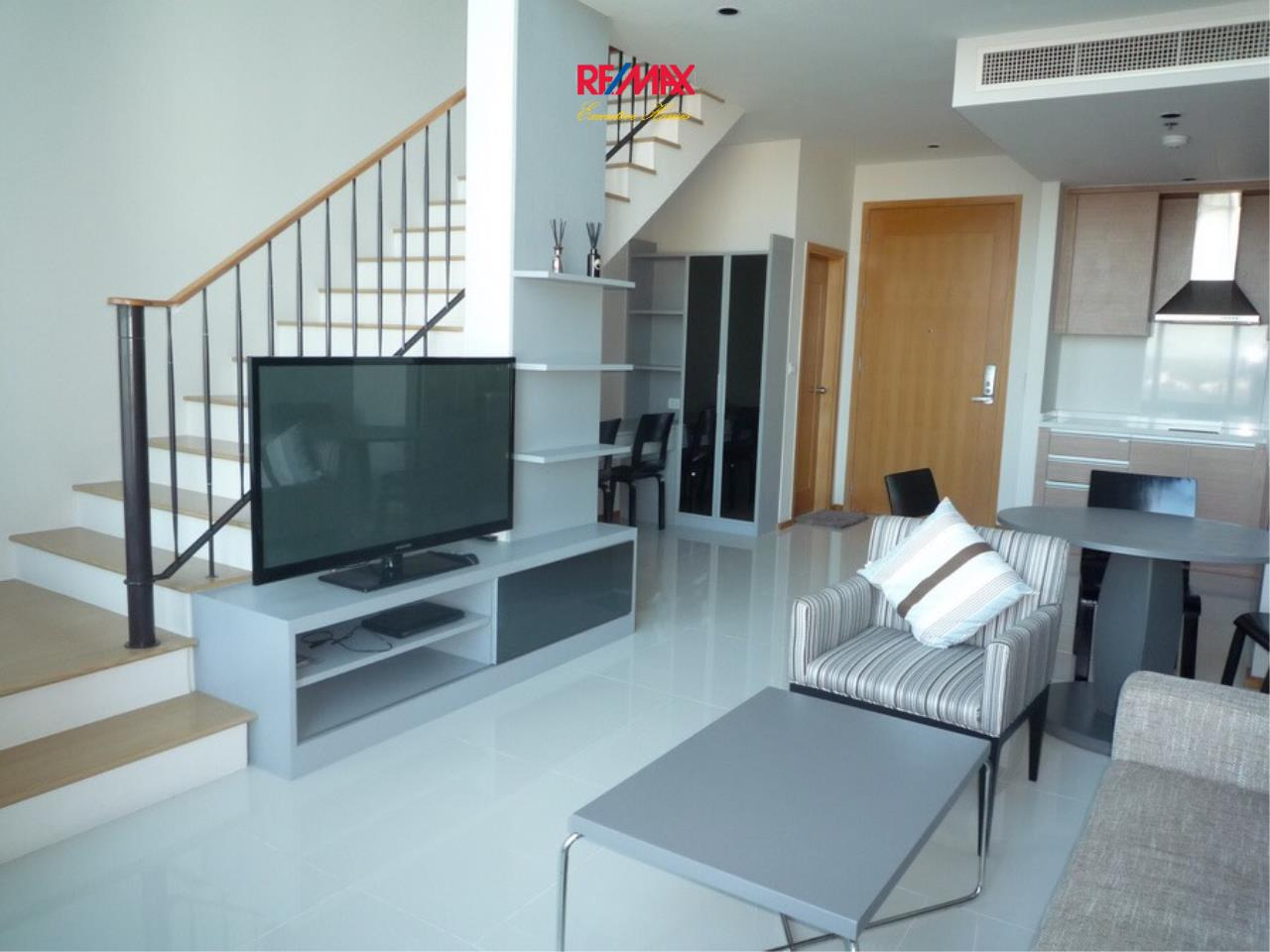 RE/MAX Executive Homes Agency's Nice 1 bedroom Duplex for Rent Emporio Place 5