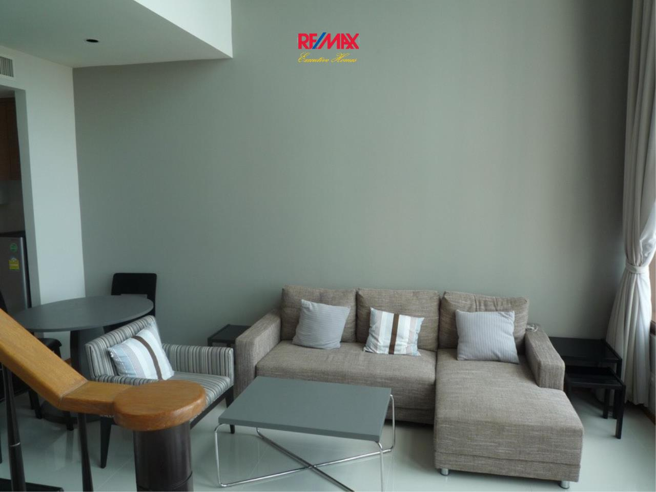 RE/MAX Executive Homes Agency's Nice 1 bedroom Duplex for Rent Emporio Place 1