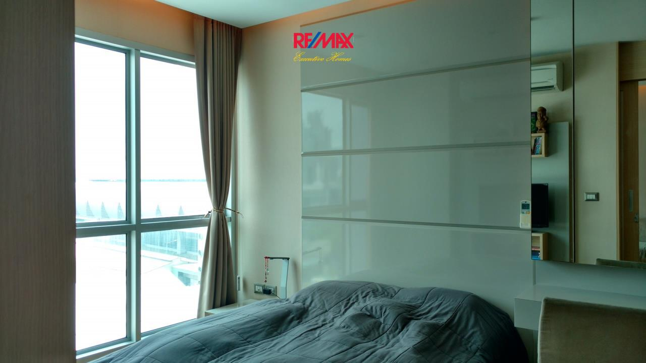 RE/MAX Executive Homes Agency's Spacious 1 Bedroom for Sale Address Asoke 3