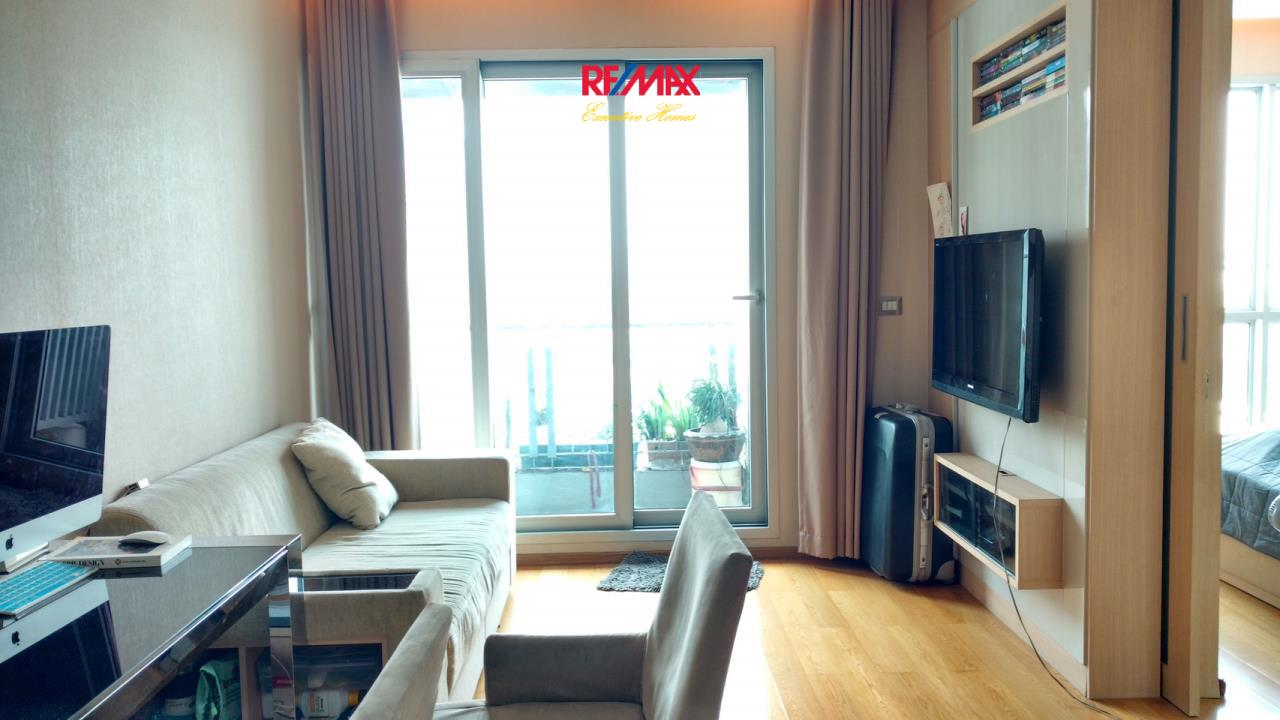 RE/MAX Executive Homes Agency's Spacious 1 Bedroom for Sale Address Asoke 1