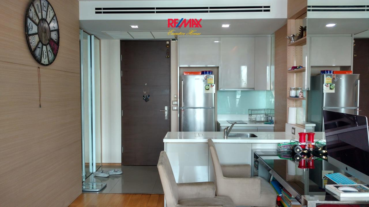 RE/MAX Executive Homes Agency's Spacious 1 Bedroom for Sale Address Asoke 6