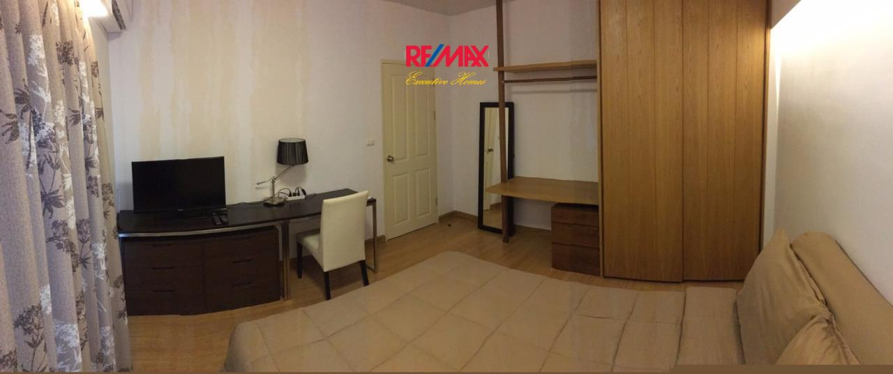 RE/MAX Executive Homes Agency's Beautiful 2 Bedroom for Rent Supalai Park Ekamai Thonglor 6