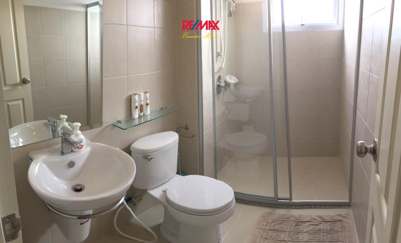 RE/MAX Executive Homes Agency's Beautiful 2 Bedroom for Rent Supalai Park Ekamai Thonglor 9