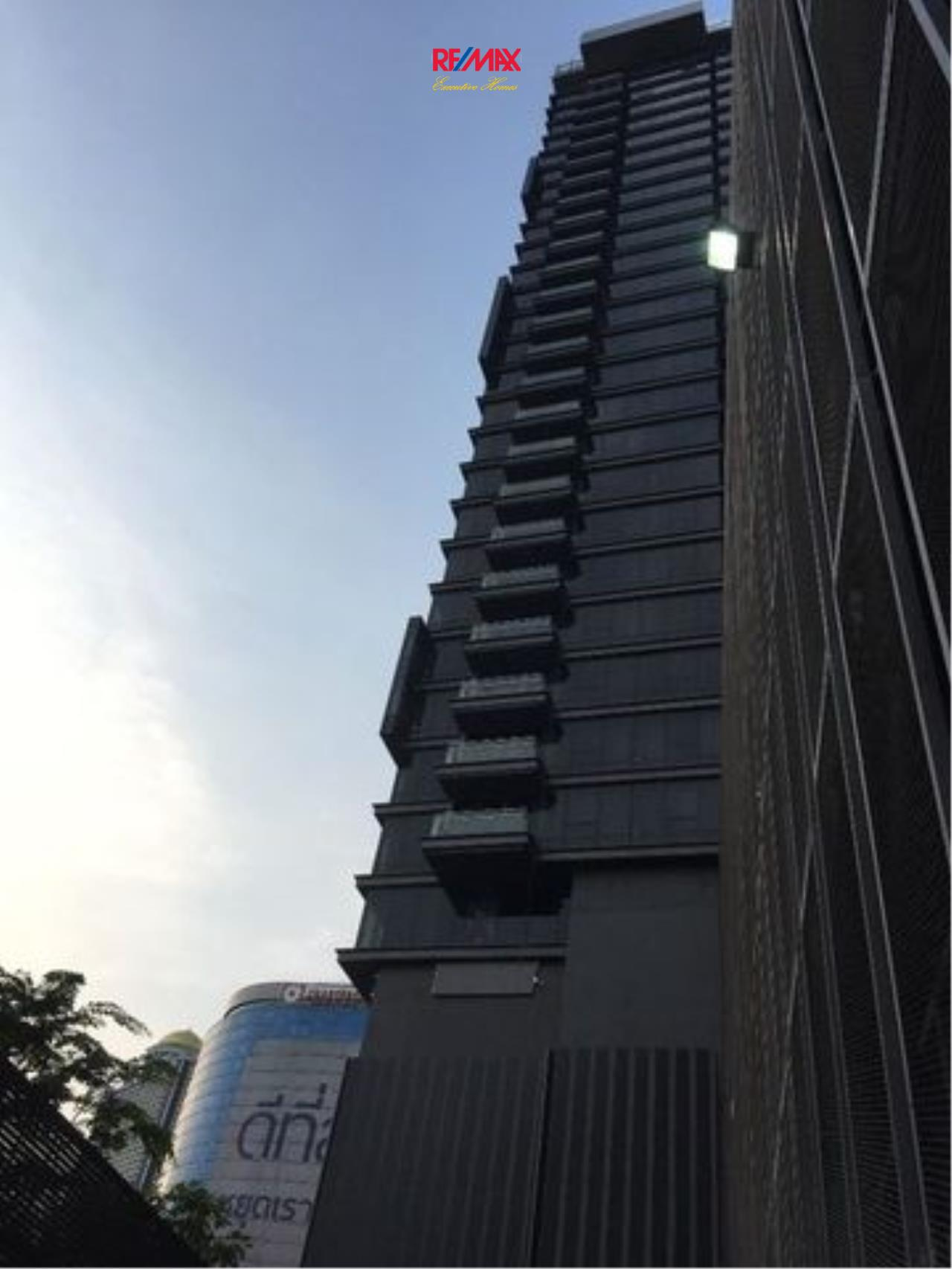RE/MAX Executive Homes Agency's Spacious 2 Bedroom for Sale The Bangkok Sathorn 2