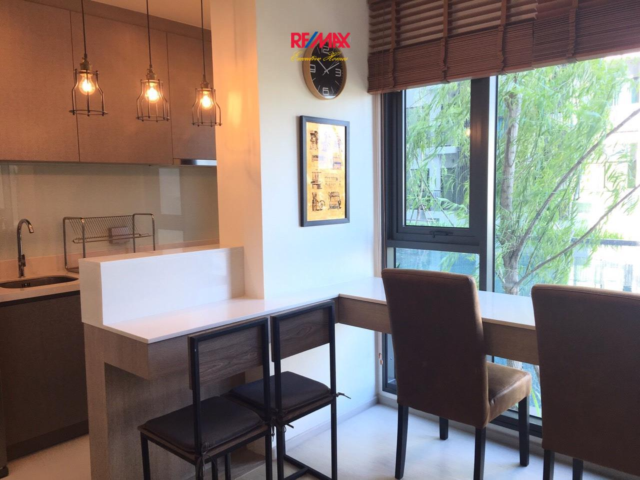 RE/MAX Executive Homes Agency's Lovely 1 Bedroom for Rent Rhythm 36-38 5