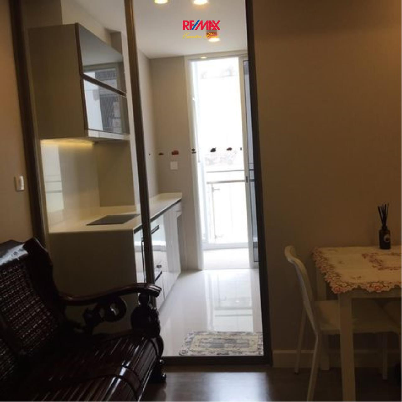 RE/MAX Executive Homes Agency's Nice 1 Bedroom for Sale The Room Sathorn 3