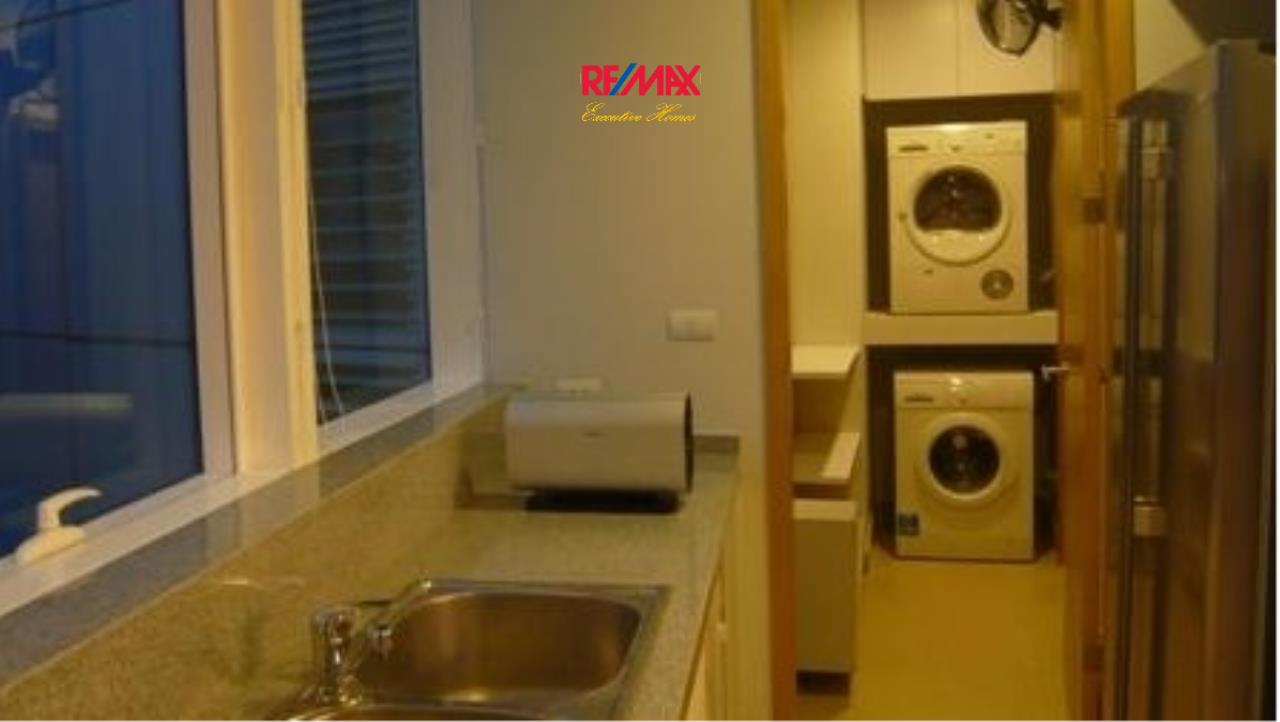RE/MAX Executive Homes Agency's Beautiful 2 Bedroom for Rent Millennium Residence 5