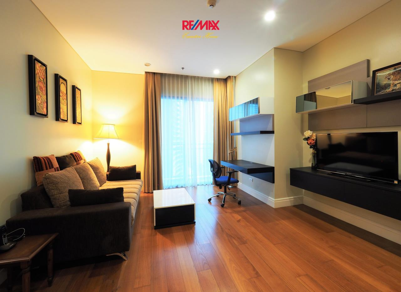 RE/MAX Executive Homes Agency's Lovely 1 Bedroom for Rent Bright 24 1