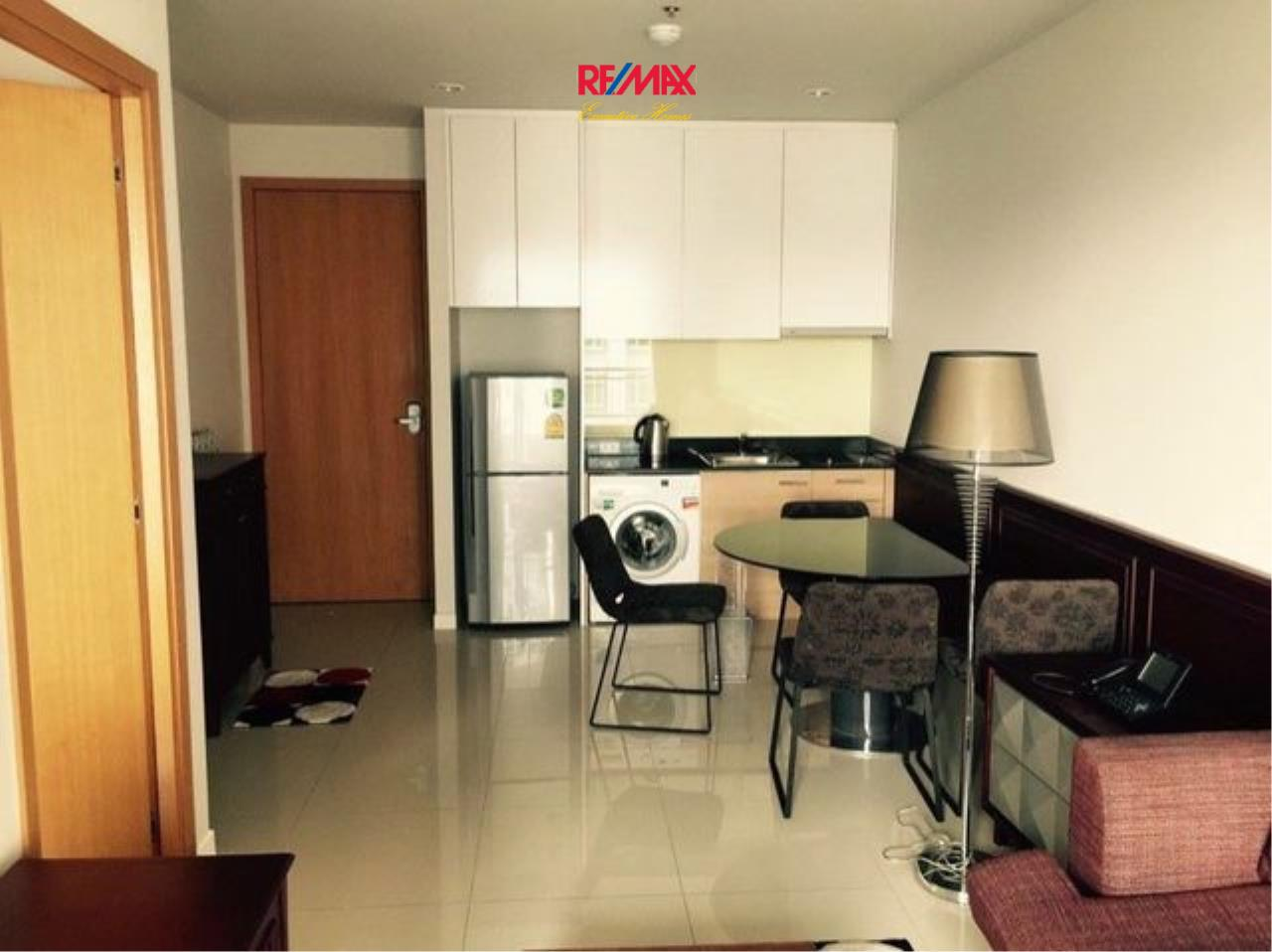 RE/MAX Executive Homes Agency's Nice 1 Bedroom for Sale Circle Petchburi 3