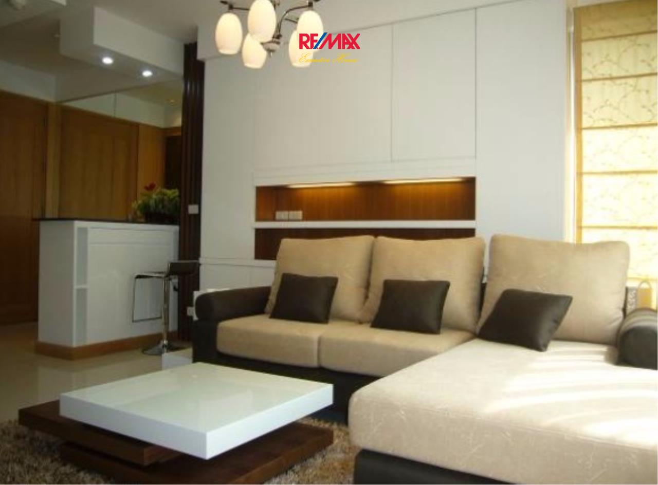 RE/MAX Executive Homes Agency's Beautiful 1 Bedroom for Rent Emporio Place 1