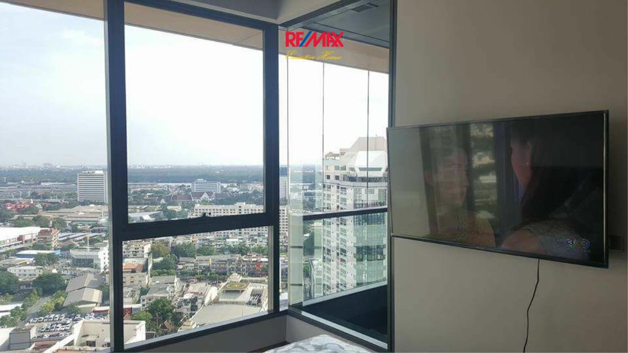 RE/MAX Executive Homes Agency's Nice 1 Bedroom for Sale Lumpini 24 2