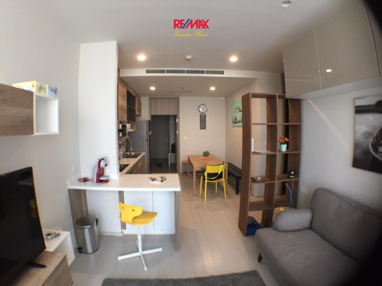 RE/MAX Executive Homes Agency's Nice 2 Bedroom for Rent Noble Phloenchit 1