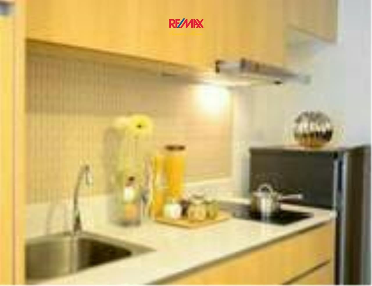 RE/MAX Executive Homes Agency's Cozy 1 Bedroom for Rent The Nest Phloenchit 3