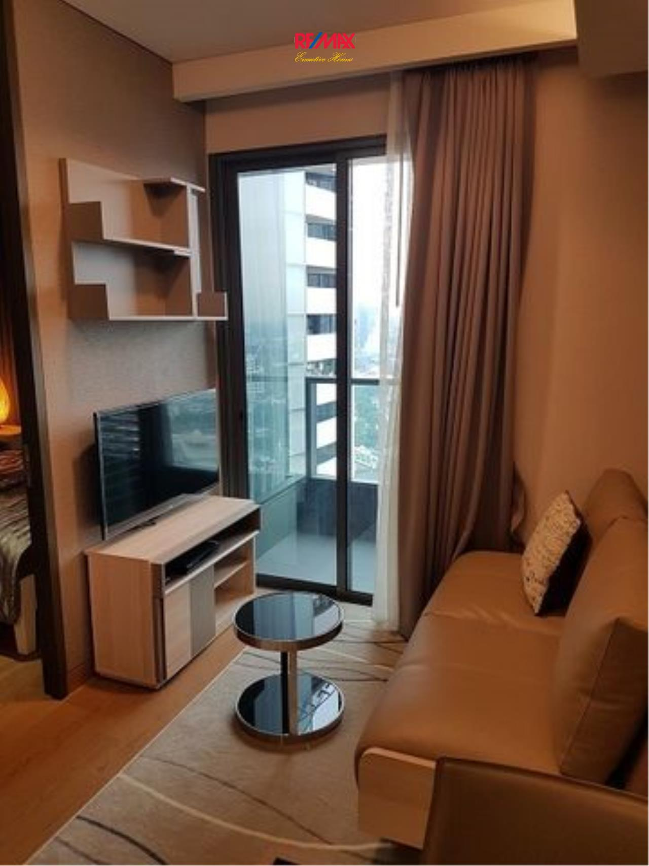 RE/MAX Executive Homes Agency's Nice 1 Bedroom for Rent and Sale Lumpini 24 2