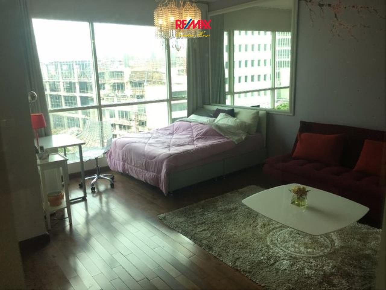RE/MAX Executive Homes Agency's Cozy Studio type Bedroom for Sale with Tenant Address Chidlom 1