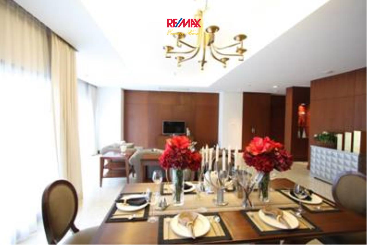 RE/MAX Executive Homes Agency's Stunning 3 Bedroom for Rent Royal Residence 3