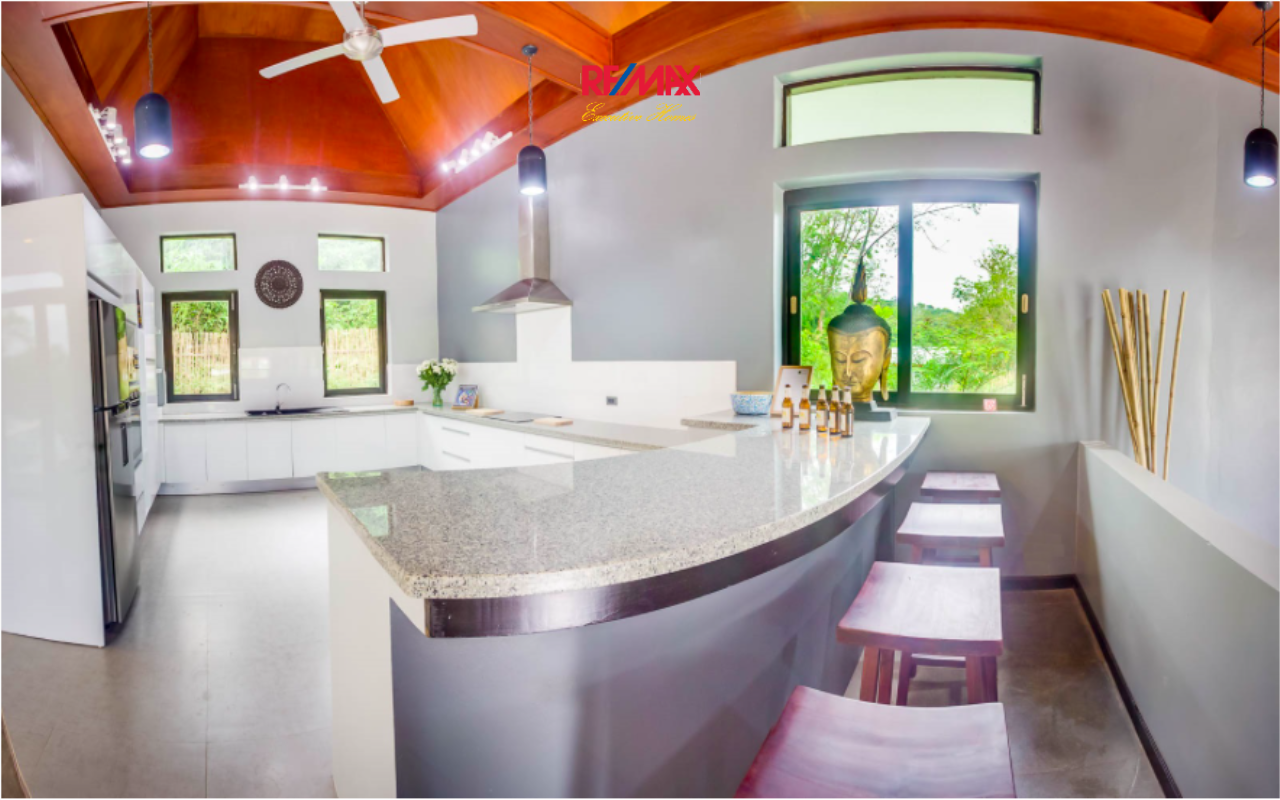 RE/MAX Executive Homes Agency's Shamballa Luxury Pool Villa in Koh Lanta 9