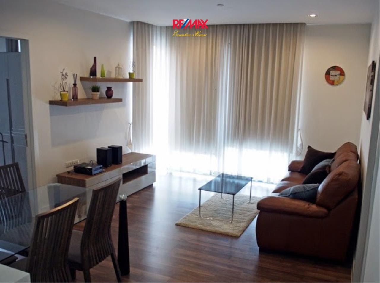 RE/MAX Executive Homes Agency's Cozy 2 Bedroom for Sale The Room 62 1