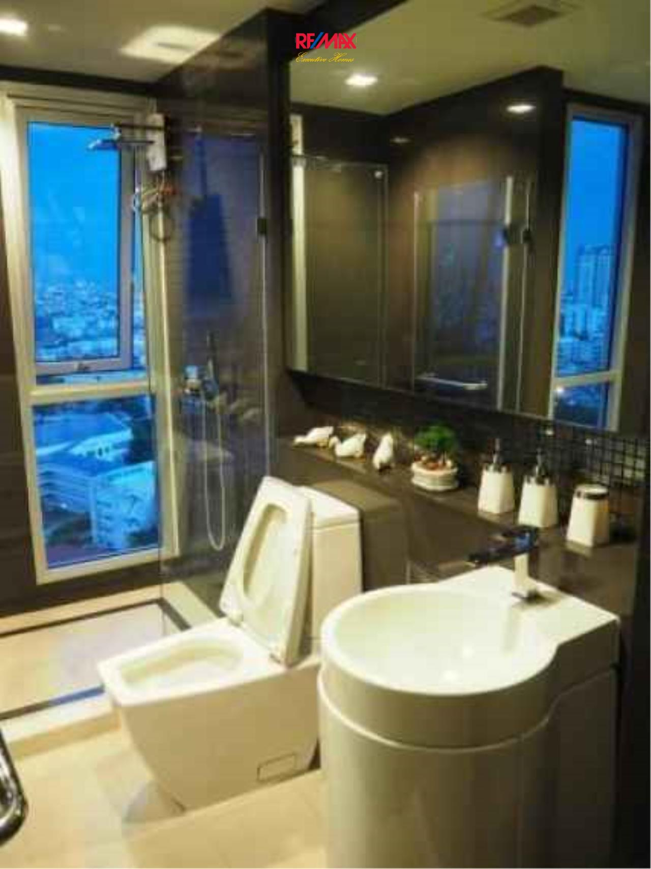 RE/MAX Executive Homes Agency's Spacious 1 Bedroom for Sale with Tenant Rhythm Sathorn 5