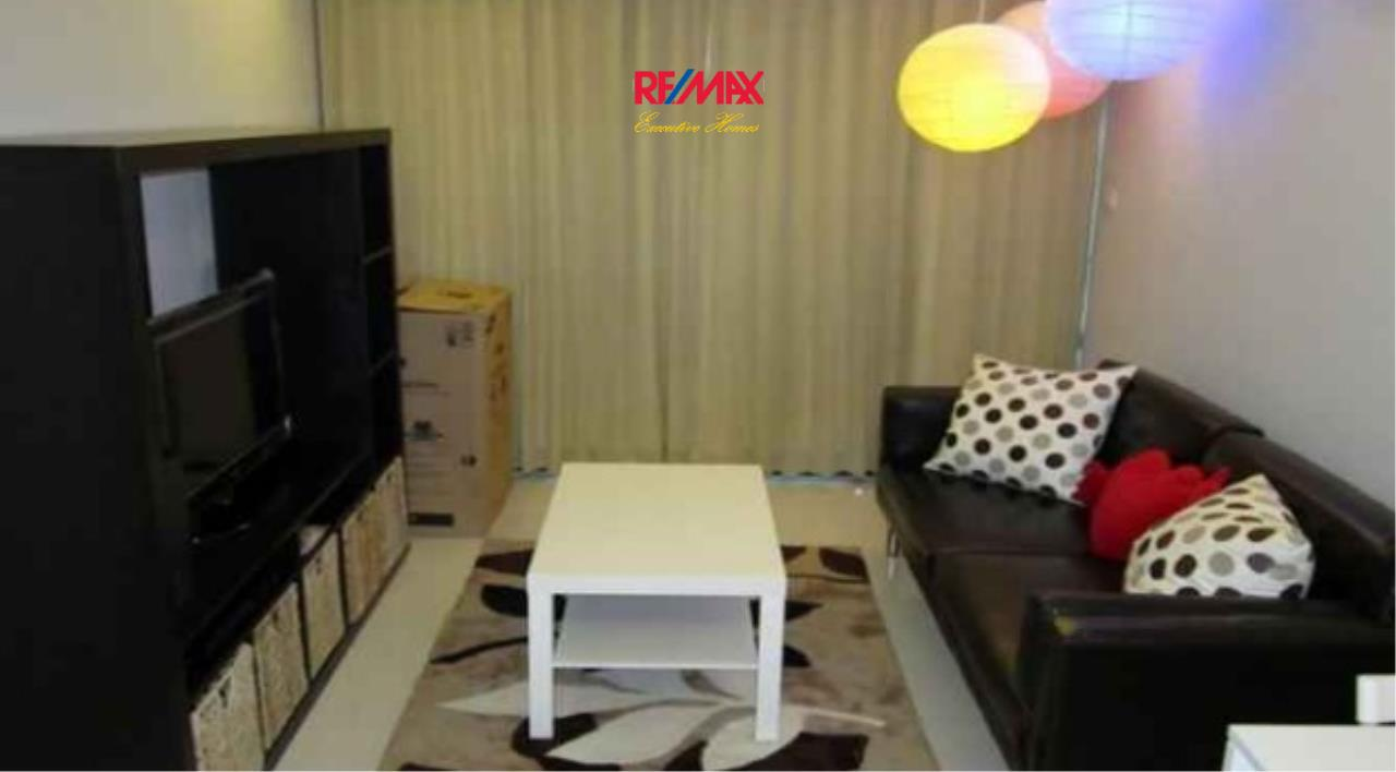 RE/MAX Executive Homes Agency's Spacious 1 Bedroom for Rent Socio Ruamrudee 1