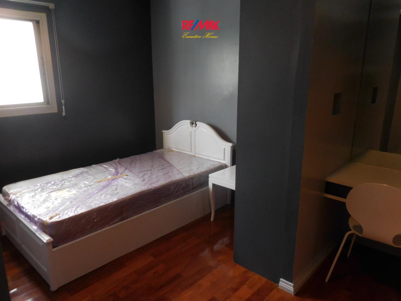 RE/MAX Executive Homes Agency's Spacious 2 Bedroom for Rent Baan Sukhumvit 3