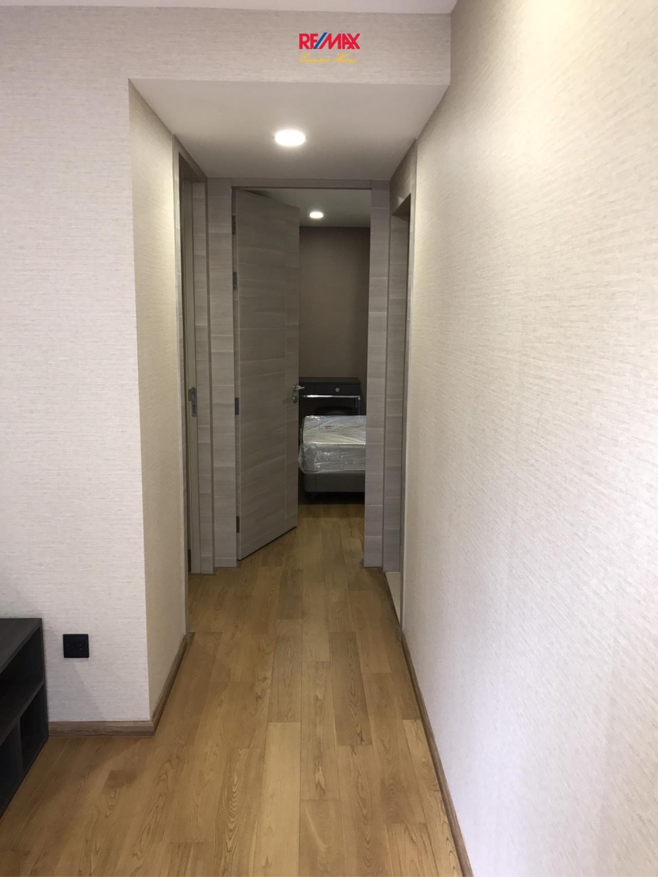 RE/MAX Executive Homes Agency's Beautiful 2 Bedroom for Rent Klass Langsuan 5