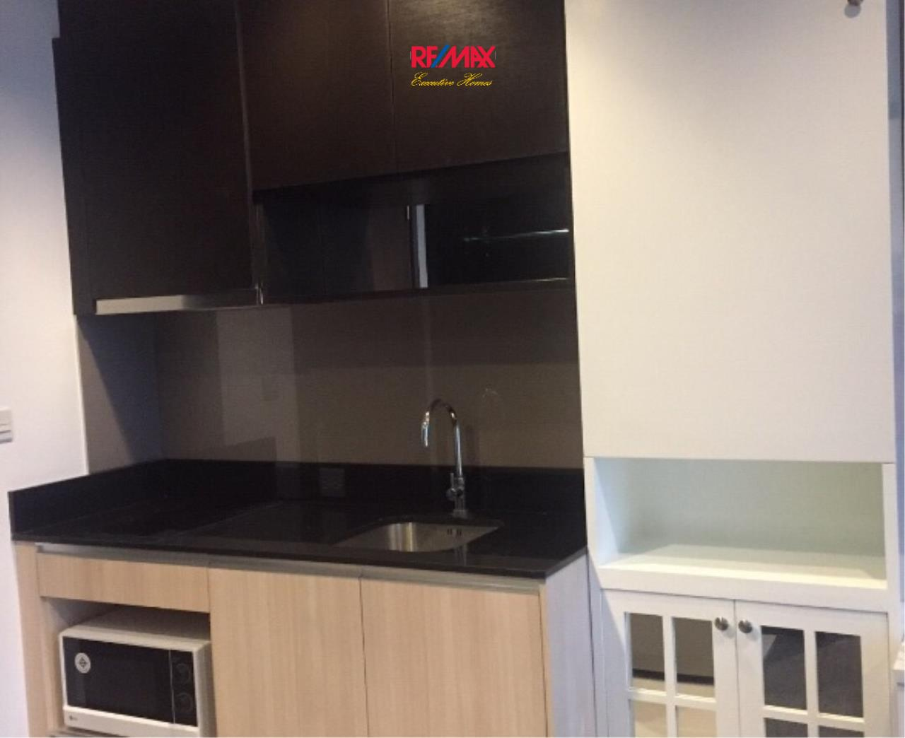 RE/MAX Executive Homes Agency's Lovely 1 Bedroom for Rent Edge 23 5