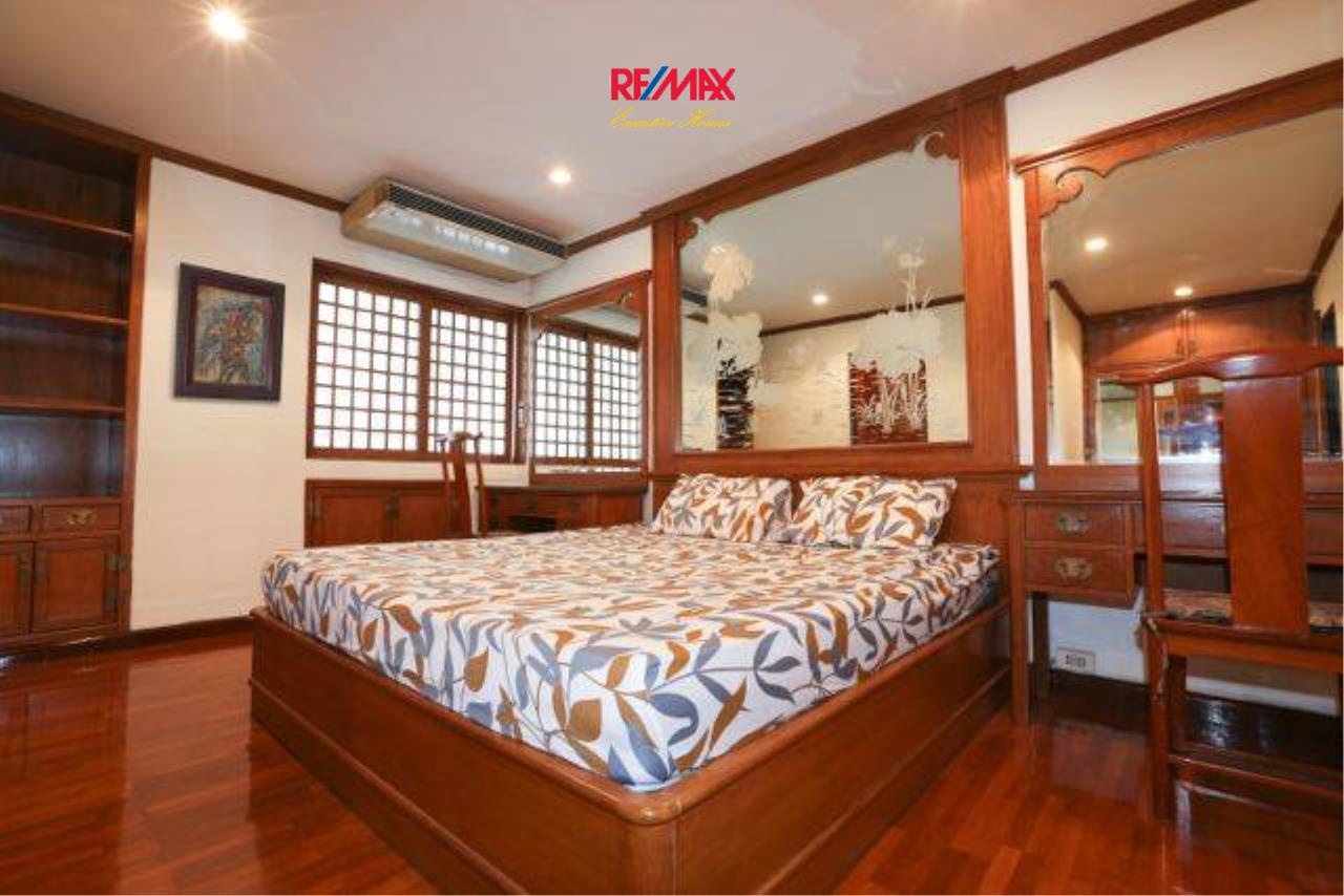RE/MAX Executive Homes Agency's Spacious 2 Bedroom for Rent Le Premier 2 2