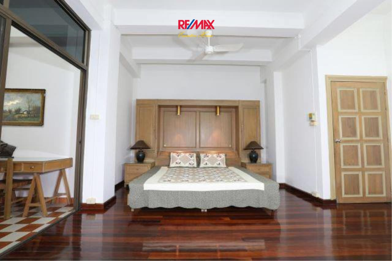 RE/MAX Executive Homes Agency's Spacious 3 Bedroom for Rent Ambassador's Court 3