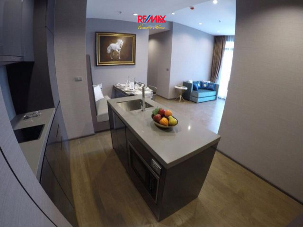 RE/MAX Executive Homes Agency's Lovely 2 Bedroom for Rent and Sale The Diplomat Sathorn 6
