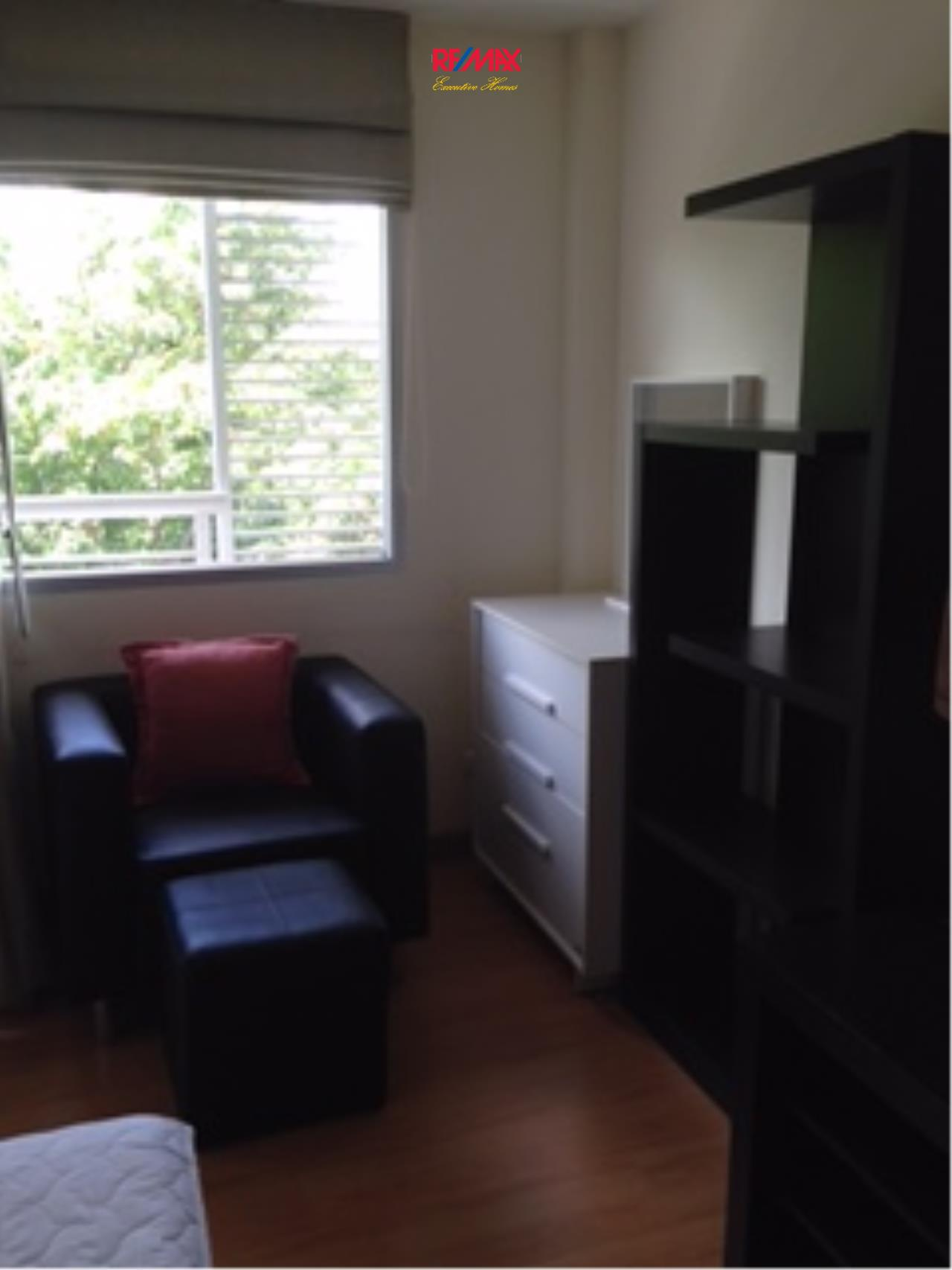 RE/MAX Executive Homes Agency's Nice 1 Studio type Bedroom for Rent The Link 50 2