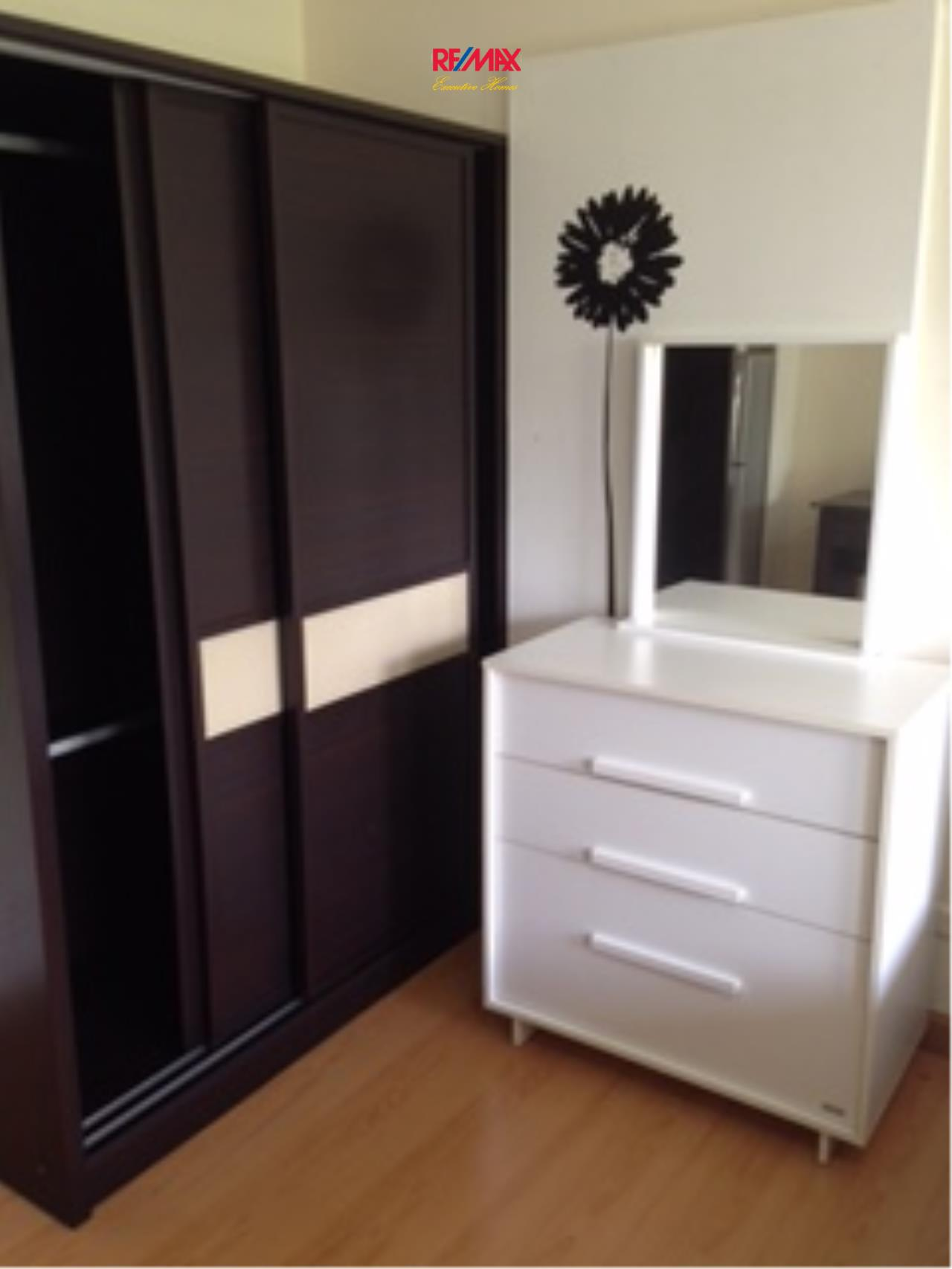 RE/MAX Executive Homes Agency's Nice 1 Studio type Bedroom for Rent The Link 50 5