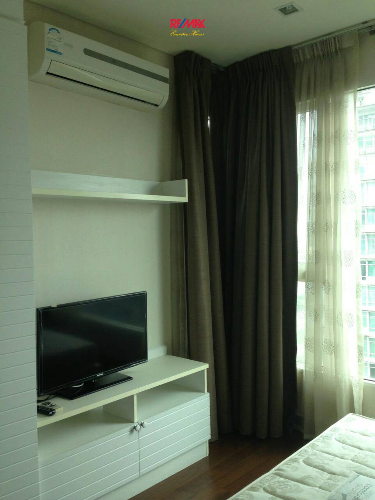 RE/MAX Executive Homes Agency's Cozy 2 Bedroom for Sale with Tenant Ivy Thonglor 4