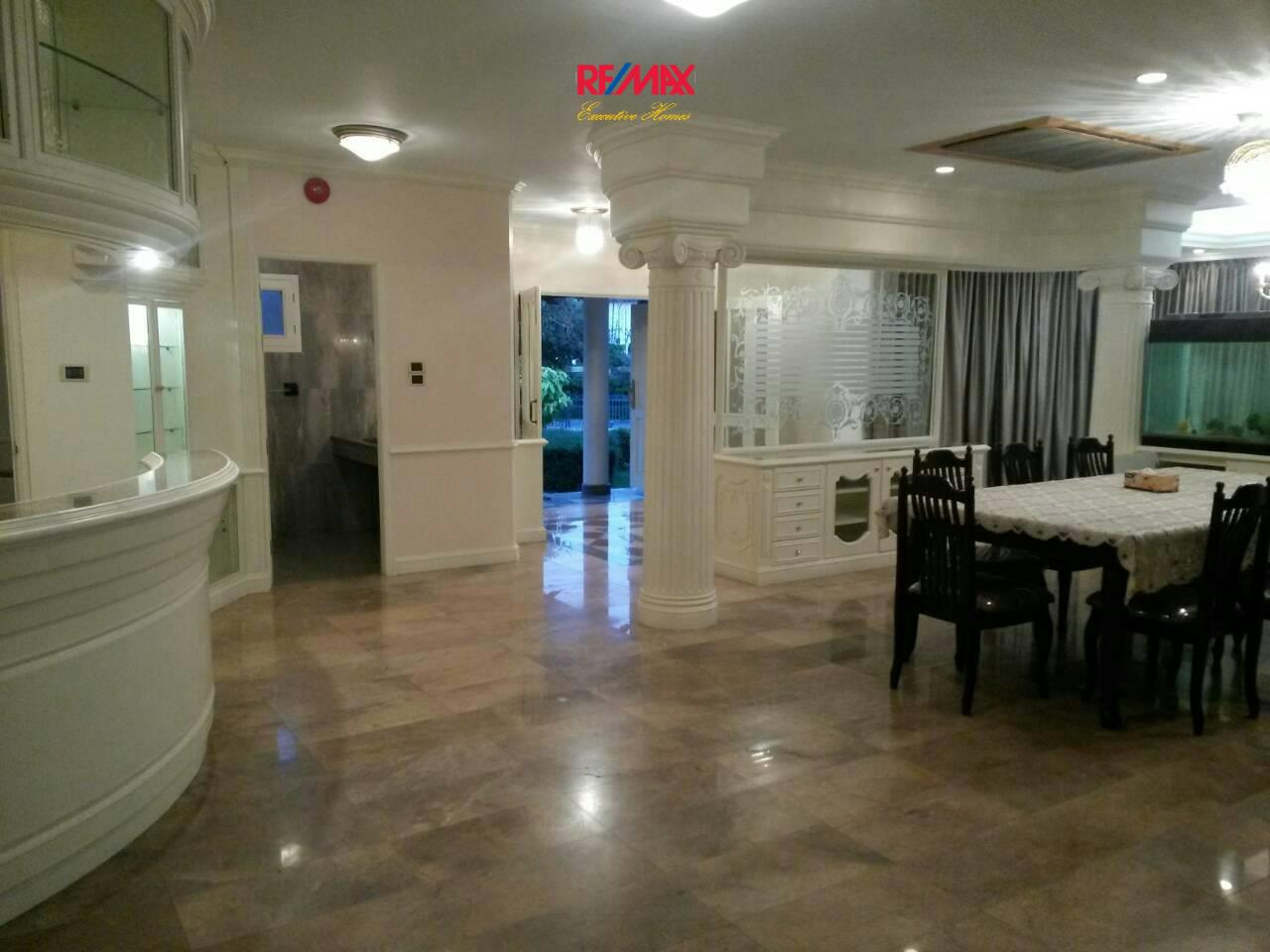 RE/MAX Executive Homes Agency's Huge 5 Bedroom House for Rent Lakeside Villa 2 7