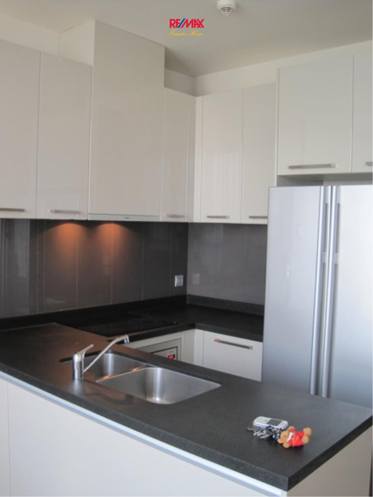 RE/MAX Executive Homes Agency's Beautiful 2 Bedroom for Rent Quattro Thonglor 5