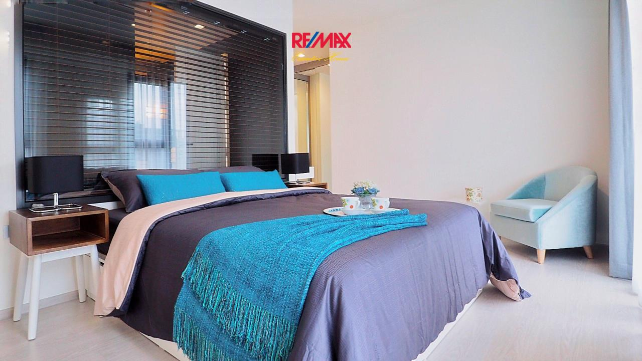RE/MAX Executive Homes Agency's Stunning 1 Bedroom for Rent Rhythm 36-38 4