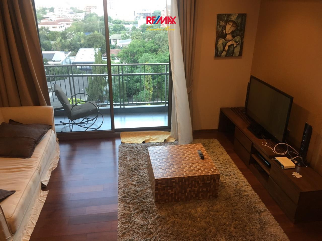 RE/MAX Executive Homes Agency's Lovely 2 Bedroom for Rent Quattro Thonglor 1