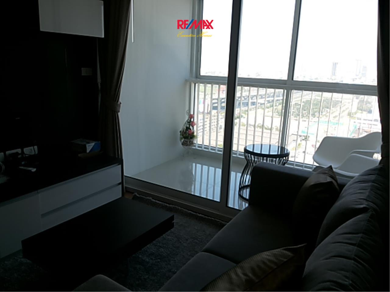 RE/MAX Executive Homes Agency's Cozy 2 Bedroom for Rent The Coast Bangna 2