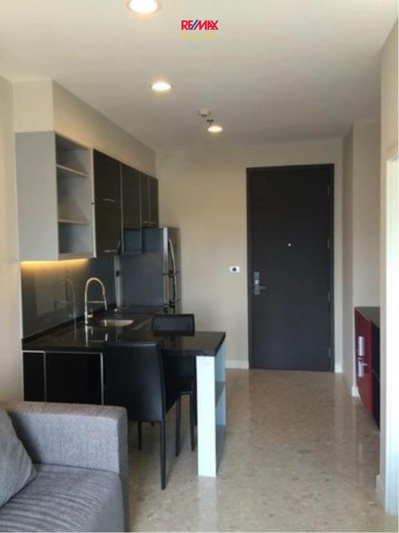 RE/MAX Executive Homes Agency's Cozy 1 Bedroom for Sale Crest 34 2