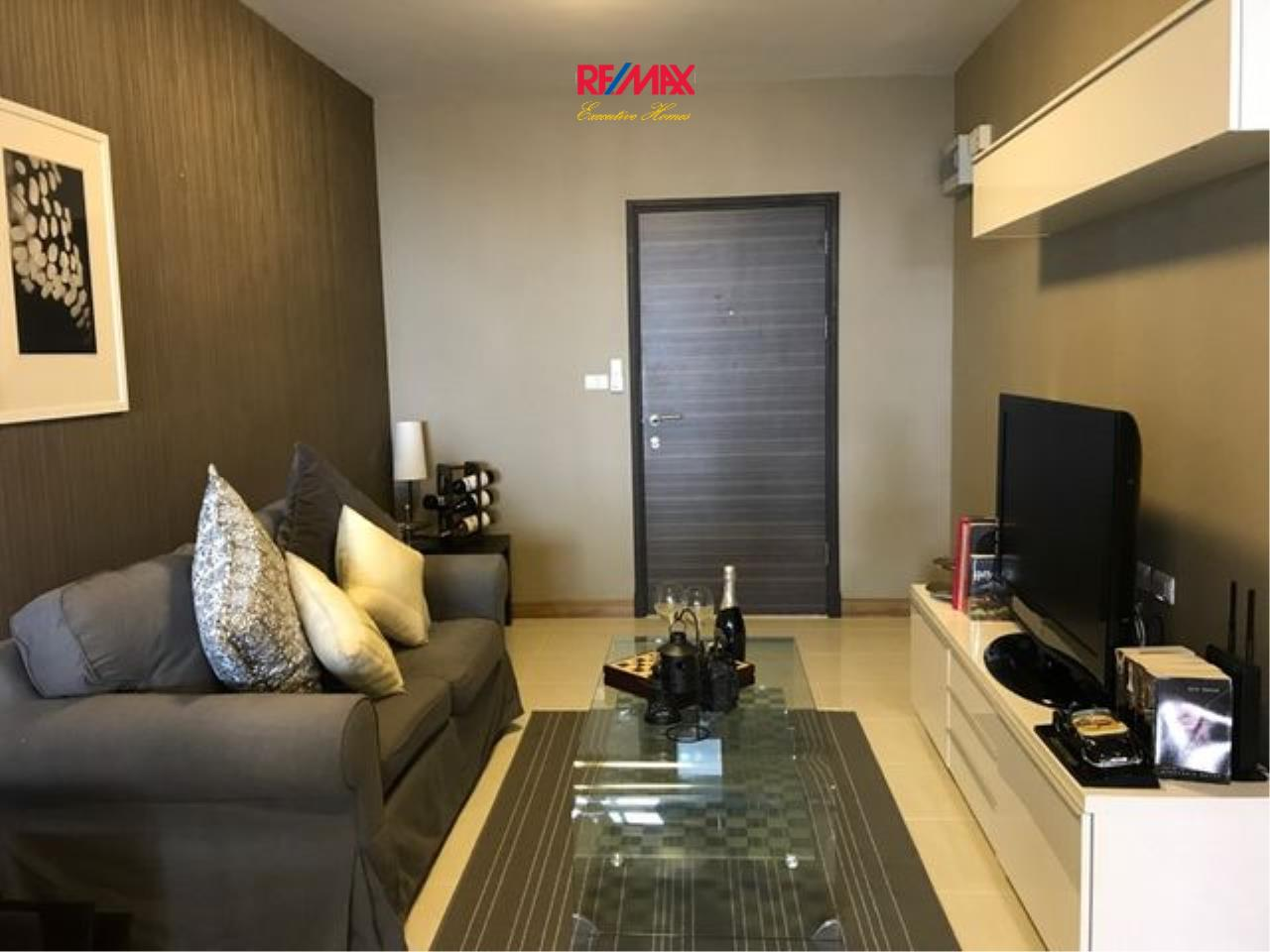 RE/MAX Executive Homes Agency's Lovely 1 Bedroom for rent and Sale Supalai Park Ekamai-Thonglor 1