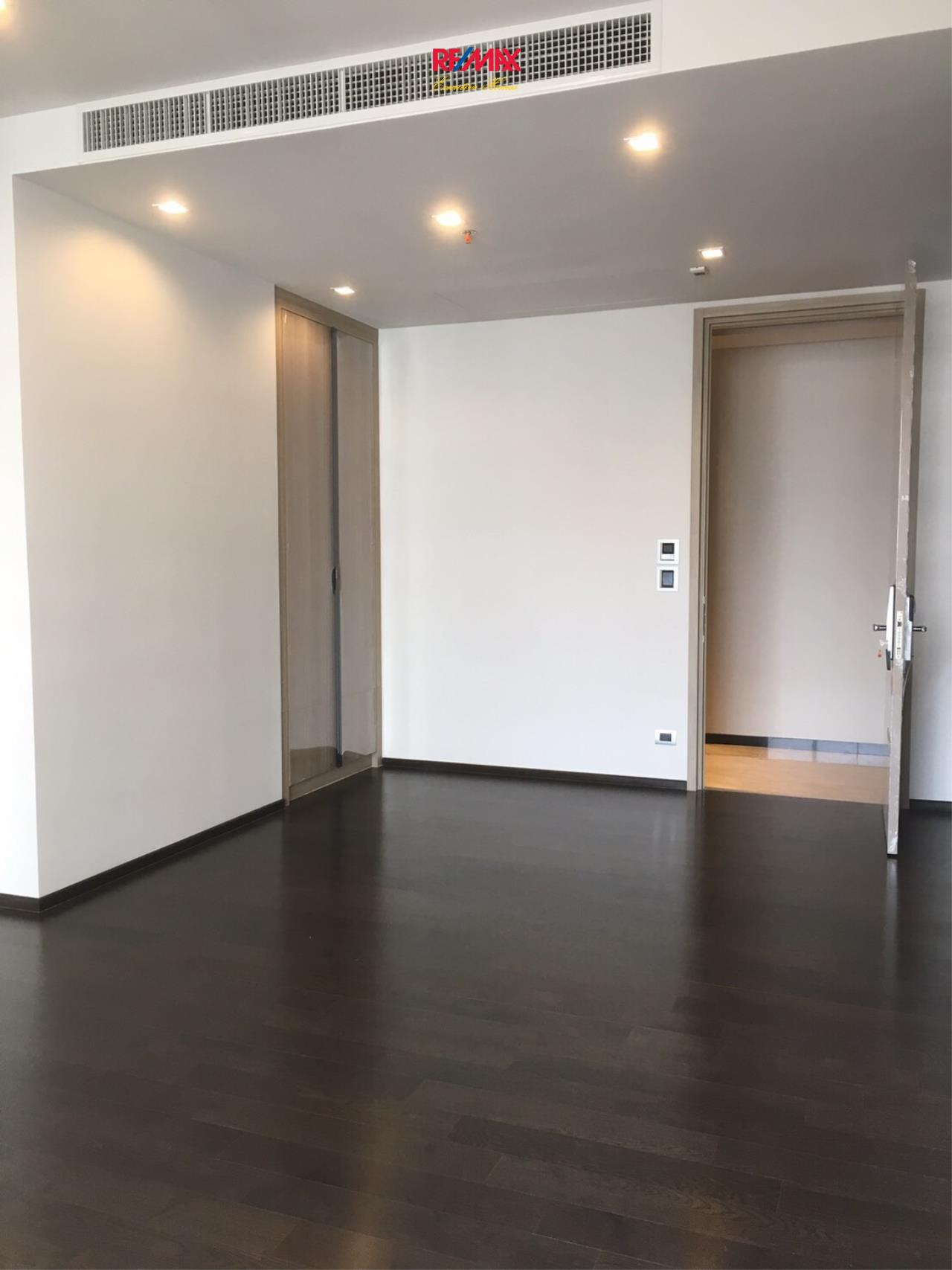 RE/MAX Executive Homes Agency's Spacious 2 Bedroom for Sale XXXIX by Sansiri 2